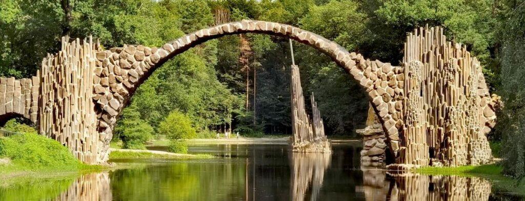 Die Rakotzbrücke mit der Basaltorgel